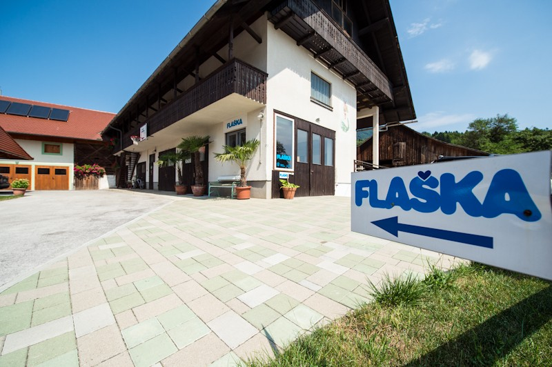 Flaška d.d., Zgoša 23, Begunje, Slovenija