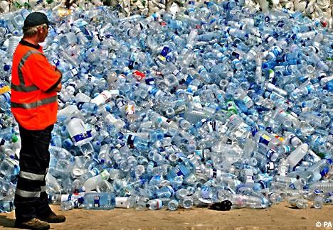 Meno rifiuti | Se bevessimo l'acqua del rubinetto … | Flaska