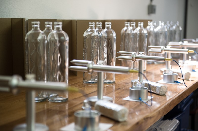 Programming the Flaska glass water bottles